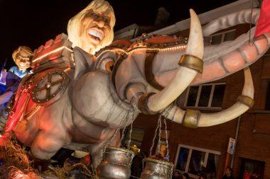 71 carnavalsgroepen in 91ste stoet