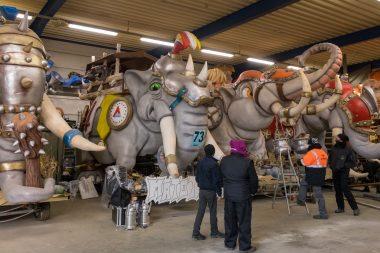 Bezoek de Carnavalswerkhallen en het Carnavalsmuseum