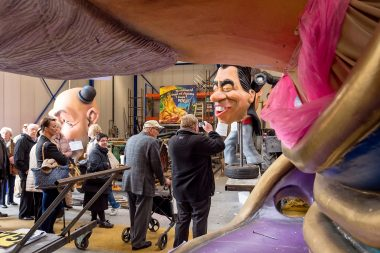 Zondagse carnavalswandelingen met gids